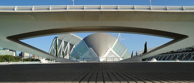 Cómo elegir el mejor local para tu negocio en Valencia